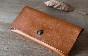 5 lợi ích của việc sử dụng bóp cầm tay nam