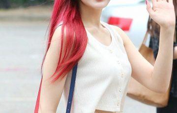 Joy (Red Velvet) sexy đầy mê hoặc soán ngôi nữ thần gợi cảm Kpop