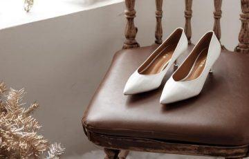 Đi giày gót nhọn rẻ tiền là tự đầu độc bản thân mỗi ngày