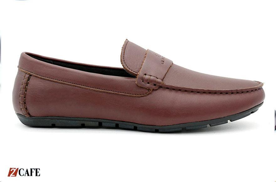 Một trong số những mẫu giày mọi cổ điển rất được lòng khách hàng (Nguồn: Internet)