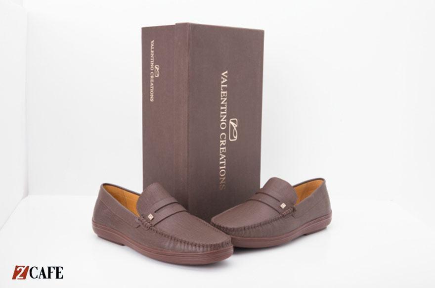 Giày mọi nam Valentino cao cấp (Nguồn: Internet)