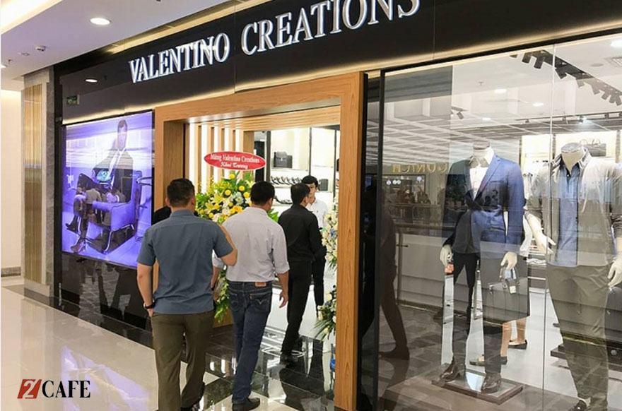 Showroom Valentino thường ở những vị trí bắt mắt trong các trung tâm thương mại (Nguồn: Internet)