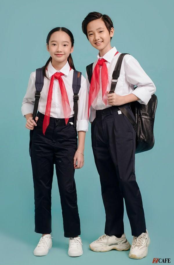 Đồng phục của quần kaki áo trắng mang vẻ trẻ trung, tươi tắn (Ảnh: Internet)