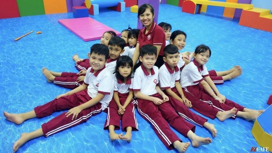 Đồng phục học sinh tiểu học Nguyễn Tri Phương, Hà Nội ( Ảnh Internet)