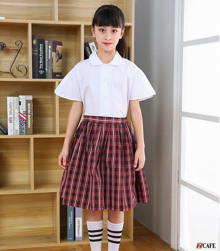 Mẫu áo sơ mi trắng nữ học sinh cấp 1 cổ tròn (Ảnh: Internet)