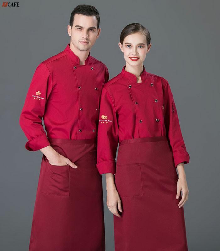 Áo bếp đồng phục bếp màu đỏ đô cũng được các doanh nghiệp lựa chọn nhiều (Ảnh: Internet)