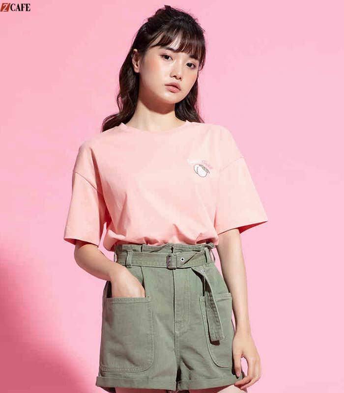 Áo lớp màu hồng pastel nhẹ nhàng mang phong cách Hàn Quốc được đặt may nhiều (Ảnh: Internet)